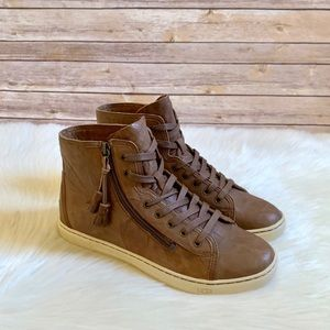 UGG Blaney High Top Leather Sneakers